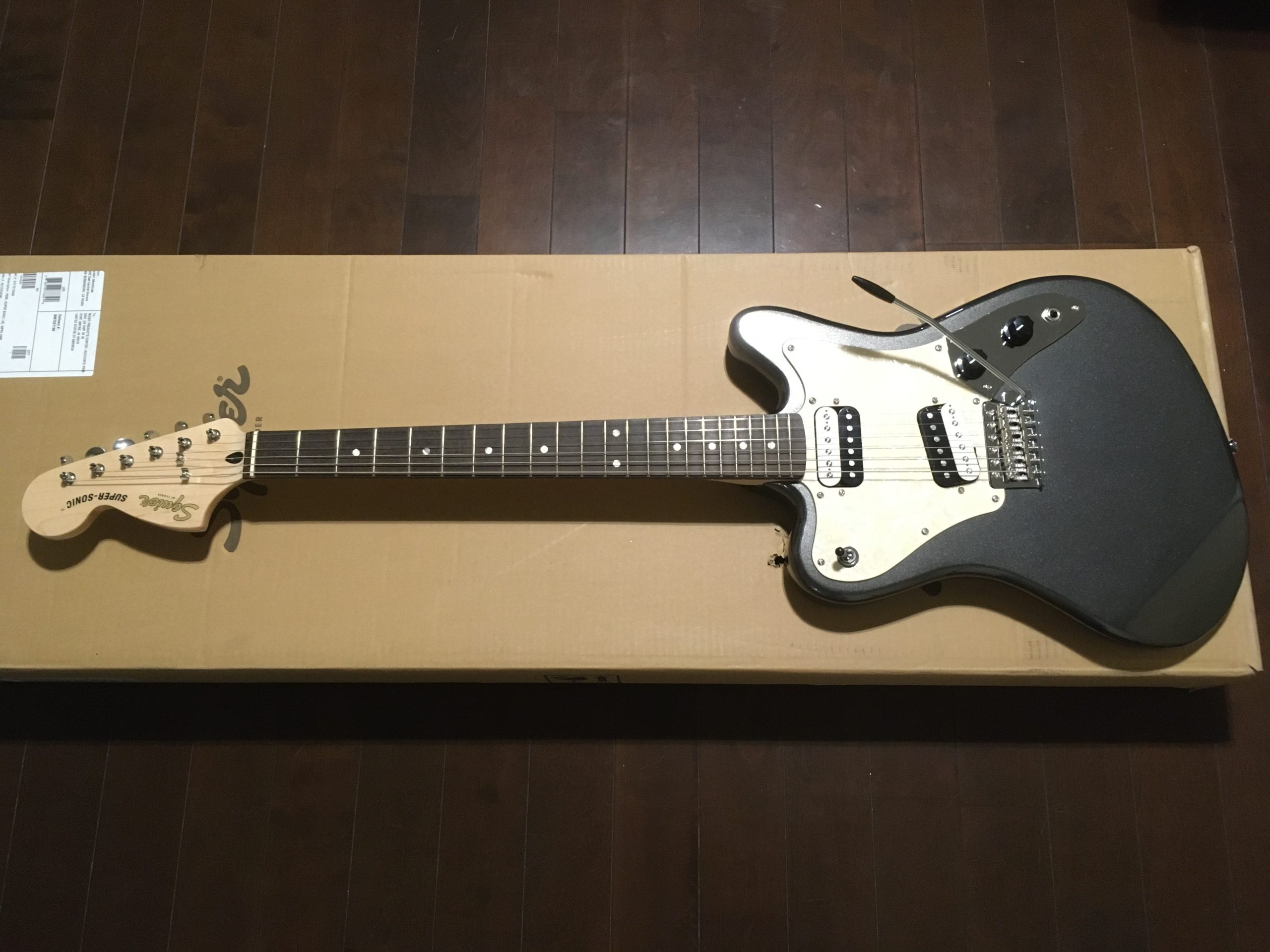squier super sonic